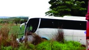Colisão frontal deixa cinco mortos em Formosa, dentre eles duas crianças