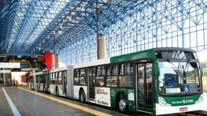 Prefeitura de São Paulo determina obrigatoriedade de ar-condicionado em ônibus