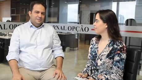 """""""Hoje investimos cerca de R$ 300 milhões em obras"""", diz prefeito de Anápolis"""