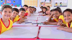 Operação Lista Legal realizada em escolas de Aparecida é divulgada pelo Procon