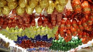 Ex-prefeito goiano é denunciado por falsidade ideológica após comprar ovos de páscoa