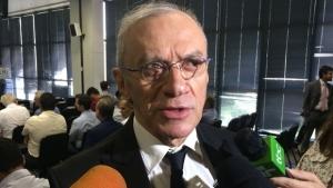 Padre nomeado por Iris minimiza crise na prefeitura e enaltece novo chefe
