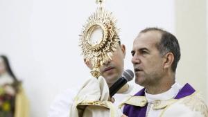 Justiça determina bloqueio de bens do padre Luiz em mais de R$ 12 milhões