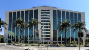 Governo de Goiás antecipa salário de servidores de diversas secretarias e órgãos. Veja lista