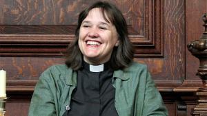 """Campanha incentiva cristãos a se referirem a Deus como """"Ela"""""""