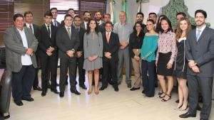 Primeiros procuradores concursados da Prefeitura se reúnem com Paulo Garcia