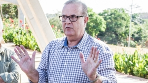 Na Câmara, Paulo Garcia diz que PMDB nunca deixou administração municipal