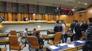 13 vereadores de Goiânia mudaram de partido. Veja a dança das cadeiras