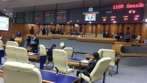 Justiça contraria Câmara e permite gestão Iris cobrar aumento de IPTU em Goiânia