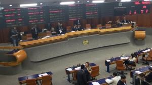 Câmara vota anistia a grandes devedores de impostos nesta quinta-feira (13)