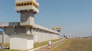 Nove mesas de sinuca e 14 churrasqueiras são apreendidas no Complexo Prisional de Aparecida de Goiânia