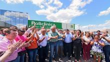 """Após """"mais de duas décadas de abandono"""", deputados comemoram chegada de policlínica em Posse"""
