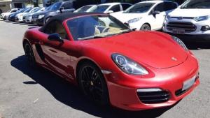 Empresário que comprou Porsche após receber depósito milionário indevido presta depoimento