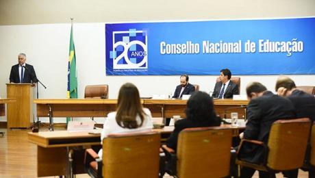 Em parceria com Conselho Nacional, Goiás modifica Diretrizes da Educação Especial