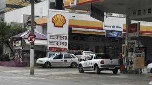 """Marconi abre """"caixa preta"""" dos combustíveis e divulga preços de postos de Goiás"""