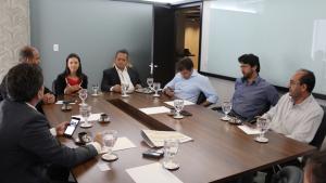 Prefeitos lançam movimento em defesa da candidatura de Wilder Morais ao Senado