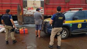 PRF apreende carga de seis toneladas de maconha em Goiás