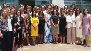 Marcela Temer reúne primeiras-damas para apresentação do programa Criança Feliz