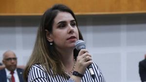 Priscila Tejota diz que ponto biométrico na Câmara não mudará sua conduta