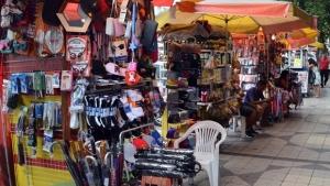 Três em cada dez brasileiros consomem produtos piratas, diz pesquisa