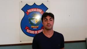 Professor da rede estadual é preso em Piracanjuba por ameaçar e abusar sexualmente de alunos