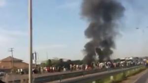 Protesto por melhorias no transporte coletivo interdita BR-060, em Guapó