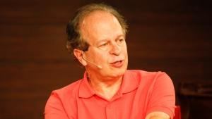 """O filósofo Renato Janine na corte (ou """"Os idiotas perderam a modéstia"""")"""