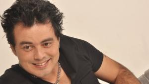 Após deixar clínica de reabilitação, Renner declara que seguirá carreira de cantor gospel