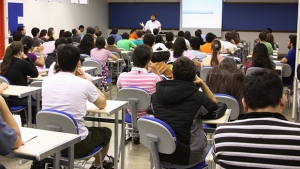 Temer edita medida provisória que muda ensino médio