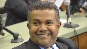 """Deputado diz que Santana Gomes vai voltar a """"votar"""" na Câmara Municipal"""