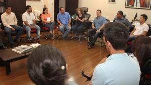 Secretária de Educação fala a conselheiros tutelares sobre gestão por OSs