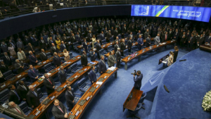Kajuru e Kátia Abreu protagonizam discussões no Senado