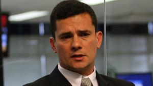 Moro diz que delator da Lava Jato omitiu informação contra Eduardo Cunha