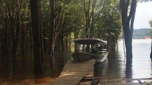 Adolescente morre após acidente com barcos em gravação de série da Globo