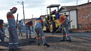 Prefeitura estima que já cobriu 98% dos buracos de Anápolis em 2018