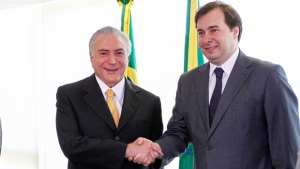 Rodrigo Maia diz que Temer tem de convencer líderes sobre Previdência