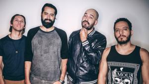 """Templates lança clipe de """"Não Desligue o Rádio""""; veja"""