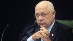 """Zavascki nega recurso de Lula para tirar investigações de Moro: """"Tentativa de embaraçar apurações"""""""