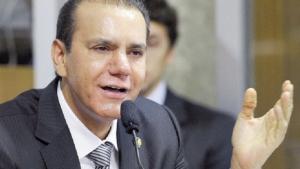 """""""Quem continua governando o Estado é Eduardo Siqueira Campos"""""""