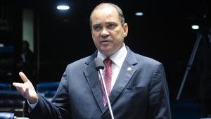 Senador Vicentinho solicita a construção de casas em aldeias