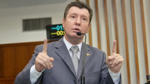 José Nelto deve ser o próximo presidente do PMDB de Goiás. Irismo vai bancá-lo